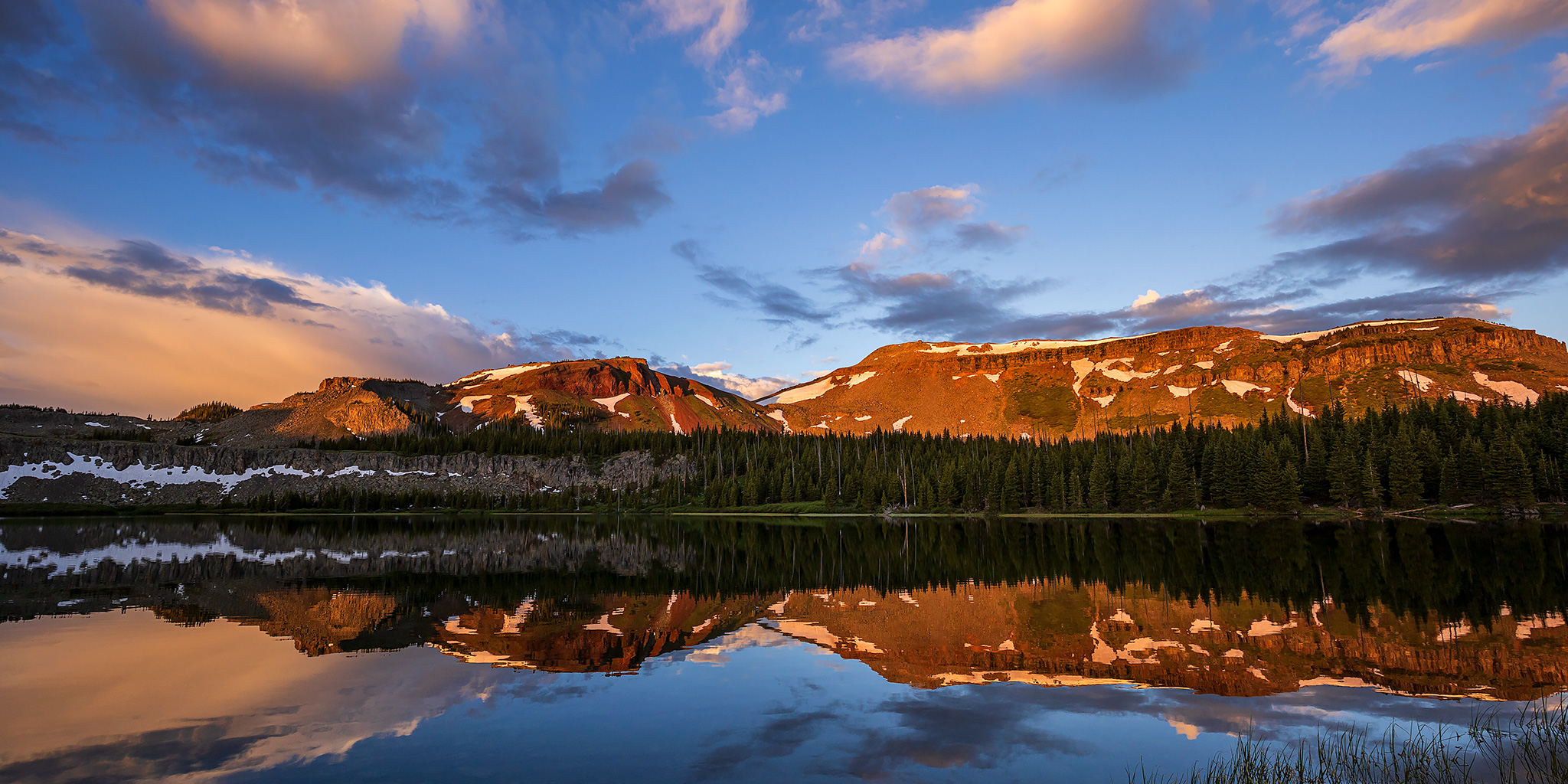 Flat Tops for the Fourth: Wall Lake & Trappers Peak